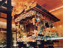 鹿沼ぶっつけ秋祭りの彫刻屋台