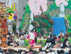 烏山の山あげ祭